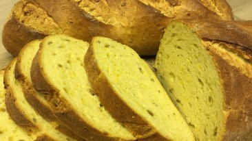 NEW * * * Corn Bread Loaf with sunflower seeds